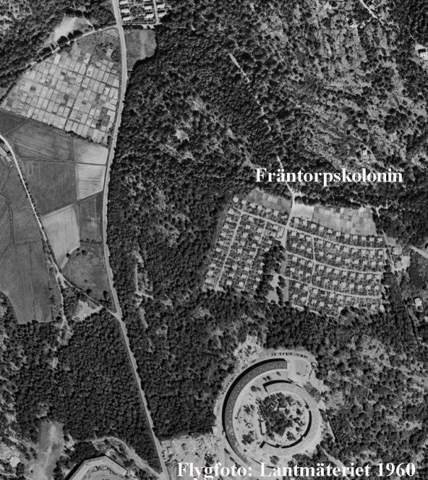 Flygfoto över Fräntorpskolonin 1960. Lantmäteriet