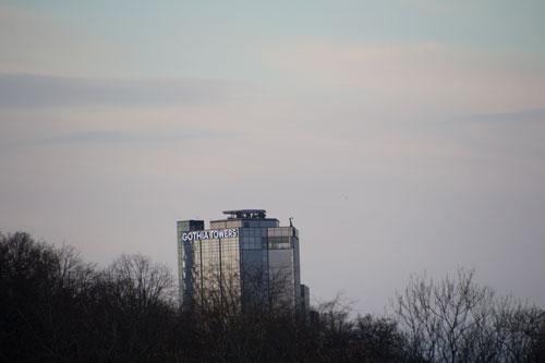 Närbild på det nya hotelltornet. Foto: Per Hallén 2014