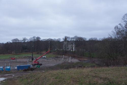 Byggarbetsplatsen med Stora Torp i bakgrunden. Foto: Per Hallén 2014