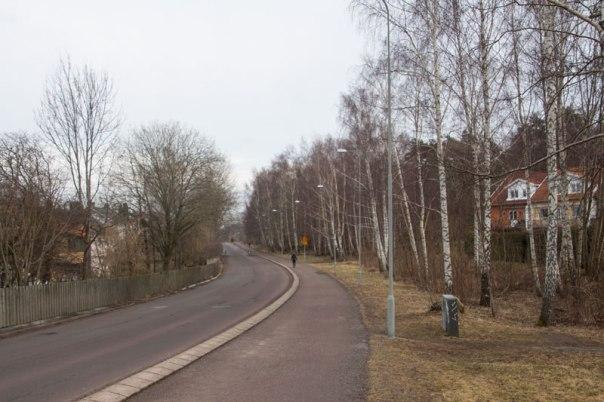 Utmed större delen av Torpagatan märks ännu inget av att här skall växa fram nästan 500 nya bostäder.