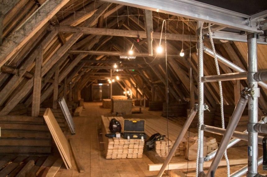 Loftet ovan stallet. Foto: Per Hallén 2016