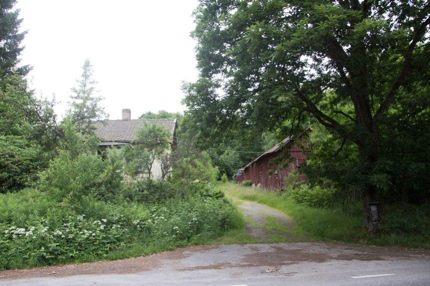Ramsjögården idag, åter är gårdens byggnader öde. Foto: Per Hallén 2016