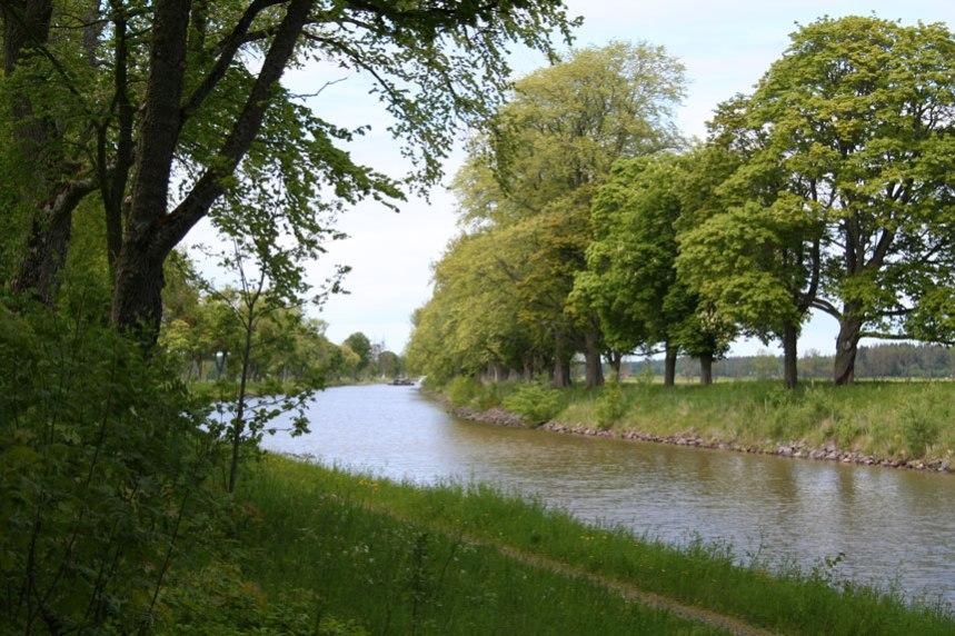 Göta kanal. Lika mycket Santessons verk som von Platen. Foto: Per Hallén 2006.